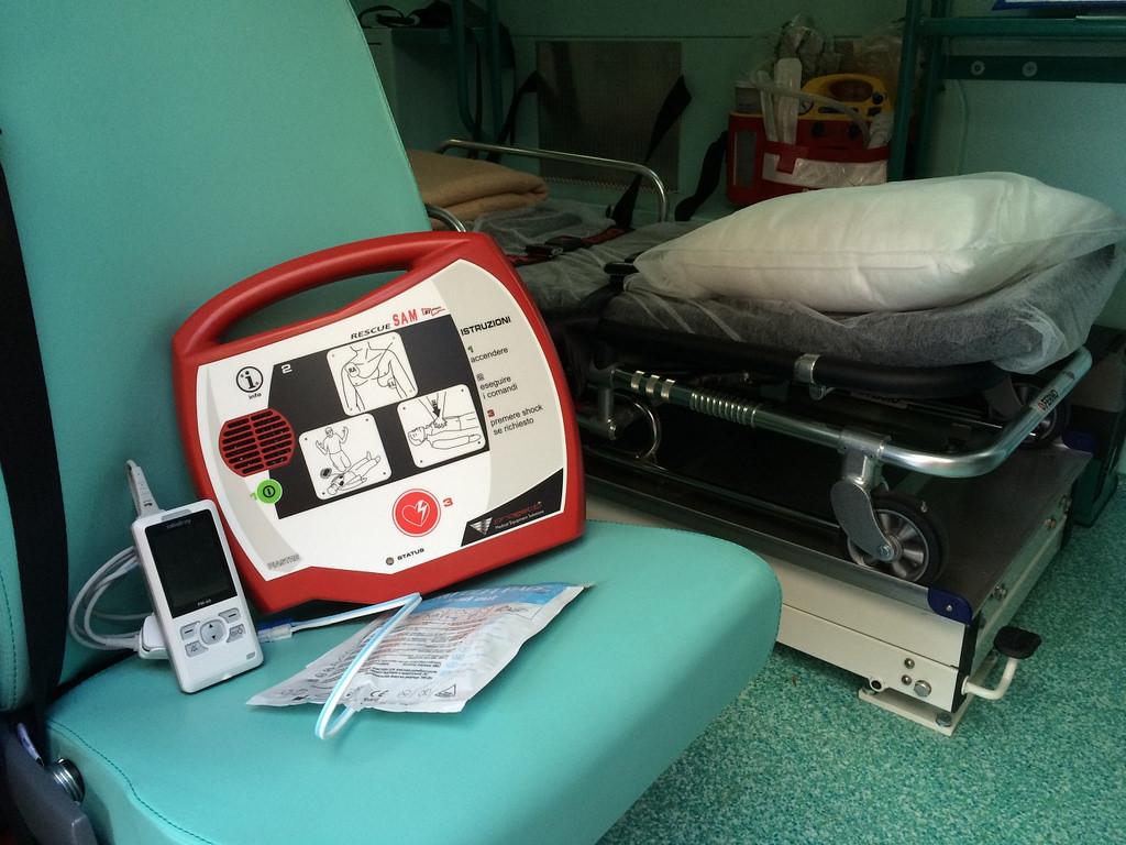 Siculiana, assessore rinuncia al compenso per comprare un defibrillatore