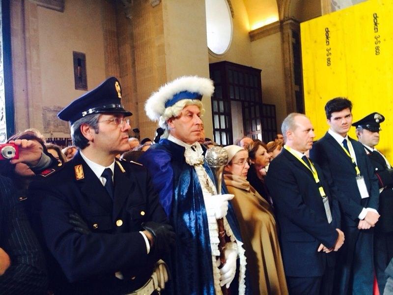 Il Cardinale Domenico Calcagno presiede il Solenne Pontificale agatino