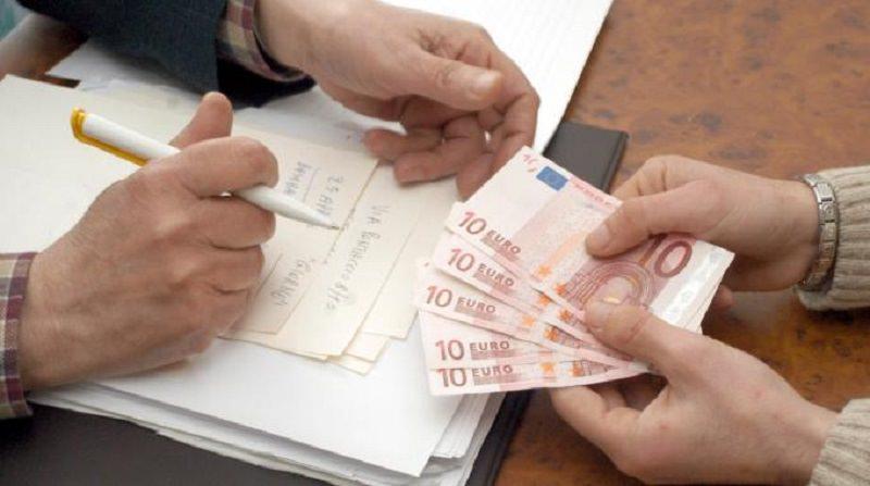 Catania, finto tecnico intasca soldi da un negozio per riparare il climatizzatore: denunciato
