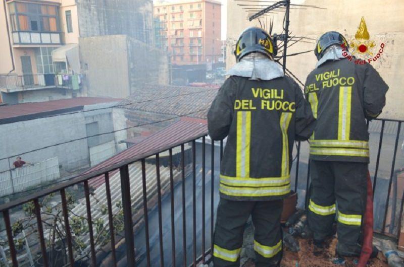 Gela: incendio in abitazione, muore carbonizzata donna di 39 anni
