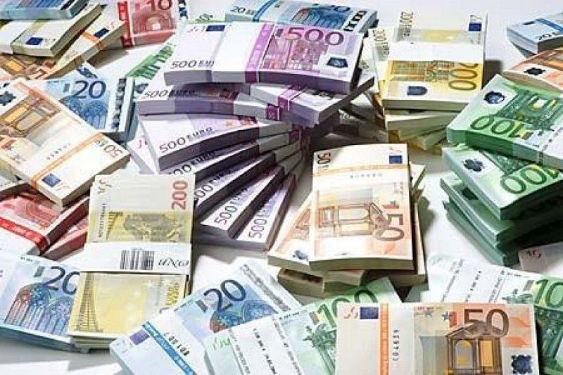Buco da ben 3 miliardi di euro per il governo Crocetta