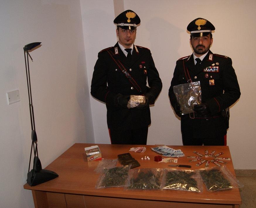 Palermo, carabinieri scoprono supermarket della droga allo Zen