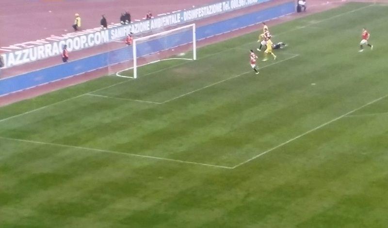 Rossetti illude il Catania, De Luca salva il Bari. 1-1 al San Nicola