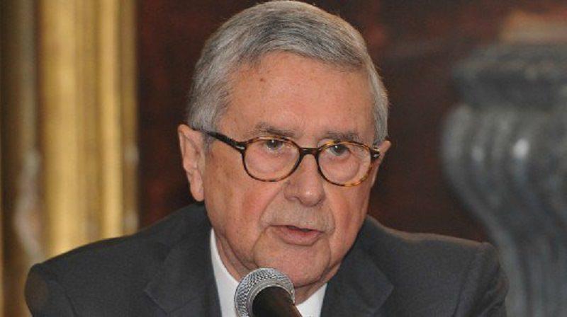 In manette il presidente della Camera di Commercio di Palermo: aveva una tangente fra le mani