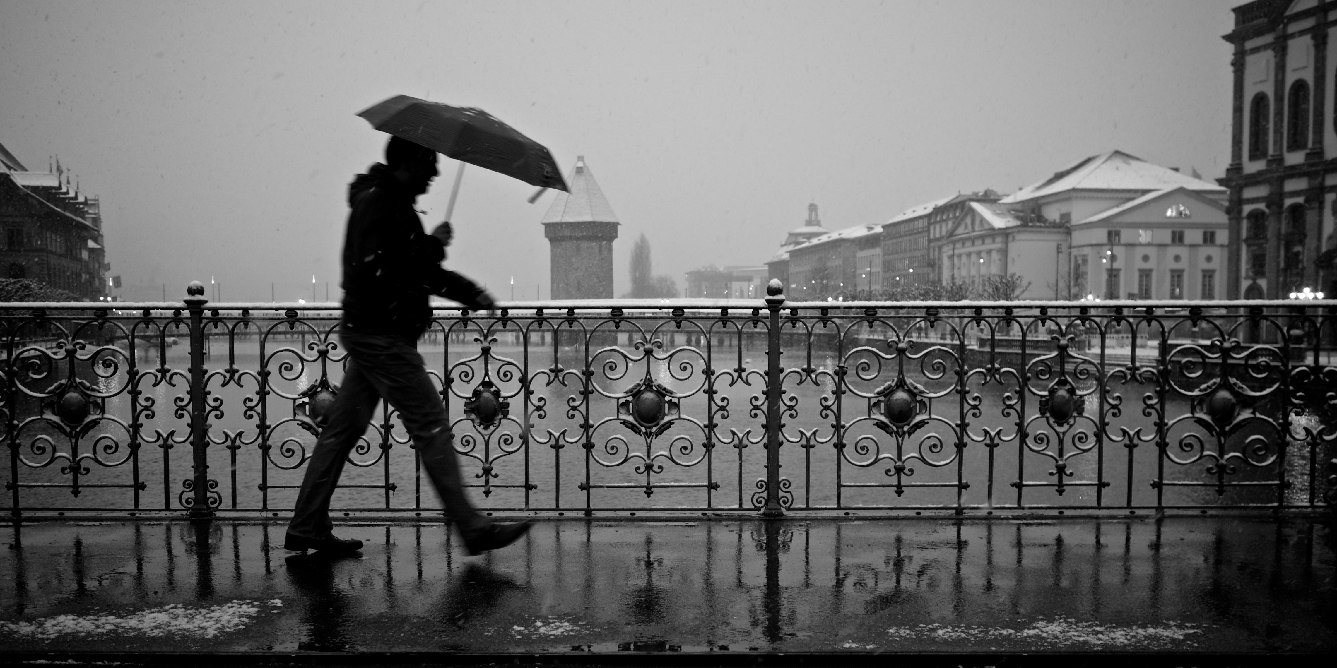 Meteo, ancora allerta gialla in Sicilia: rischio piogge su Catania e Palermo, forti venti da nord