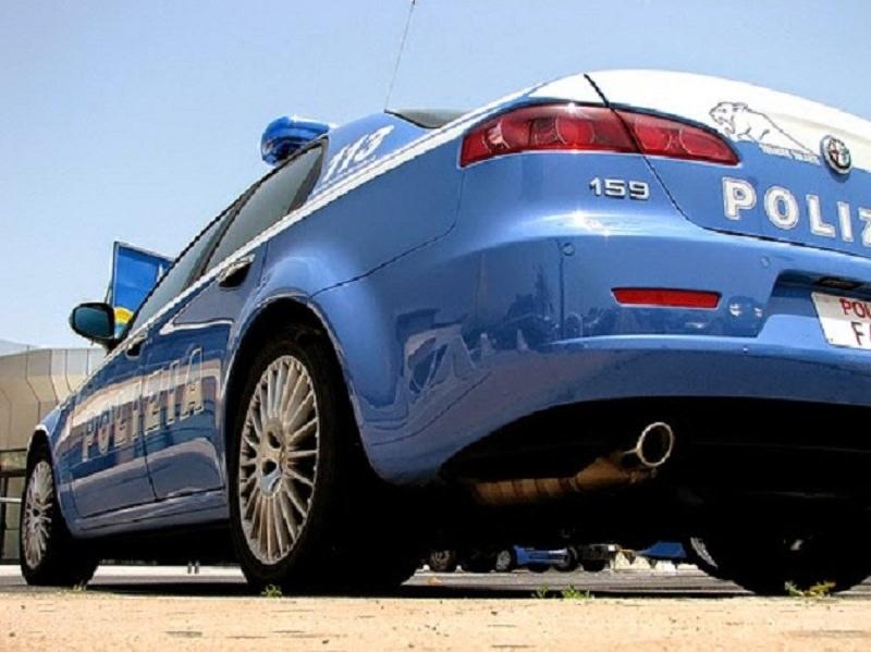 Catania: esercizi pubblici passati al setaccio dalla Polizia, chiuso un chiosco