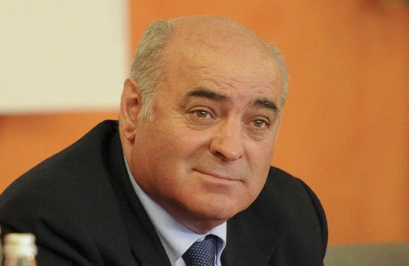 Corruzione in atti giudiziari, torna ai domiciliari il parlamentare Pippo Gennuso