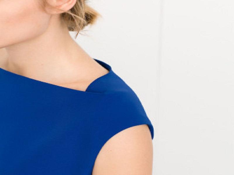 Il blu elettrico: colore che non può mancare