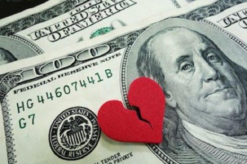 Con nuova convivenza l'ex coniuge perde il diritto all'assegno di mantenimento