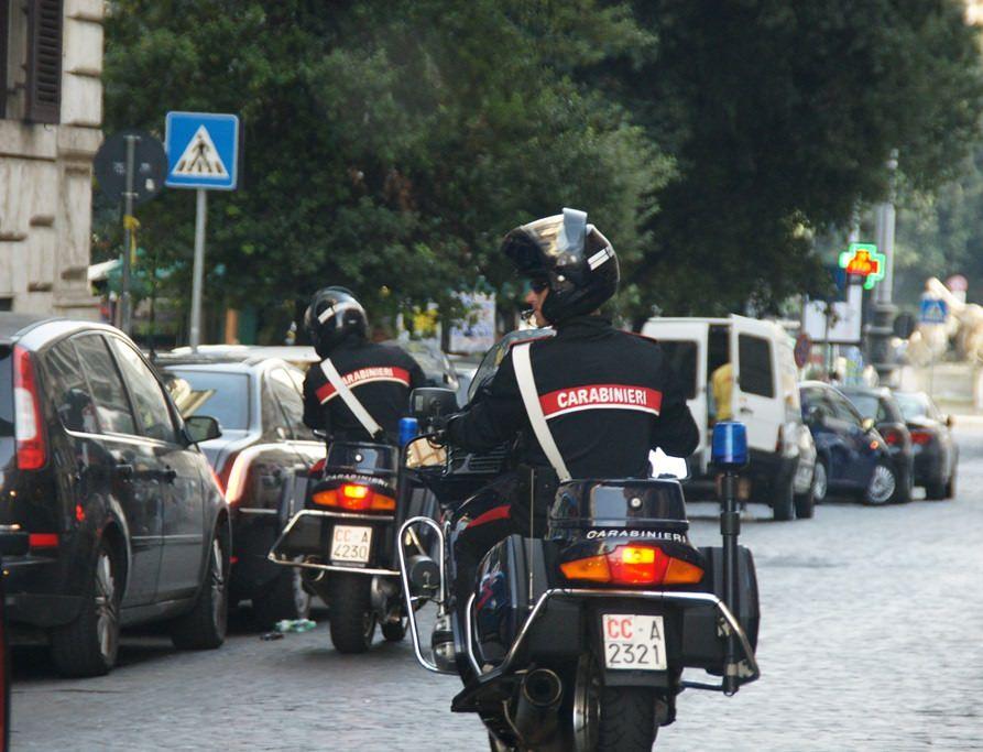 Palermo, 80enne scippata: nella borsa c'erano 20.000 euro, recuperati