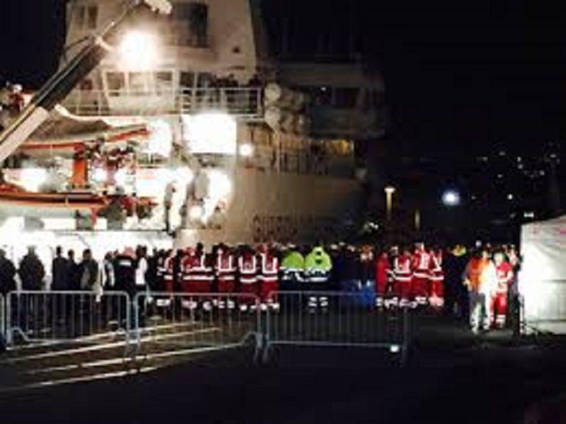 "Strage migranti, stasera i superstiti a Catania. Salvi: ""Indagini su cause del naufragio"""