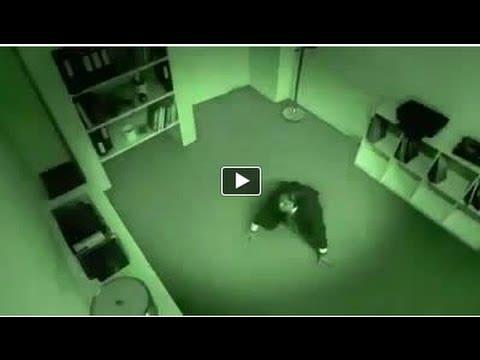 Colloquio di lavoro da panico   GUARDA IL VIDEO