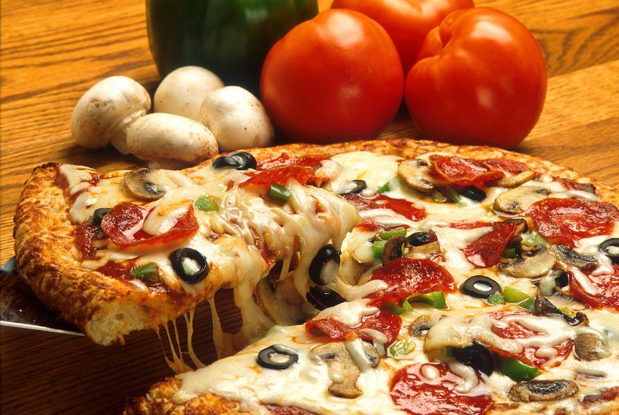 Dalla cena in pizzeria alla tragedia: 12enne muore dopo aver mangiato una pizza