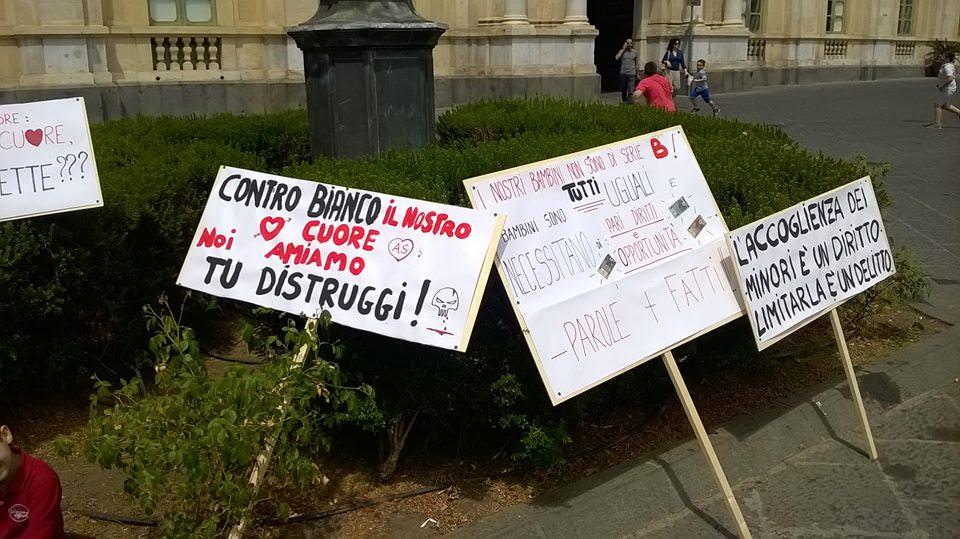 """Catania, servizi sociali a rischio: Villari rassicura ma Musumeci attacca: """"È un massacro"""""""
