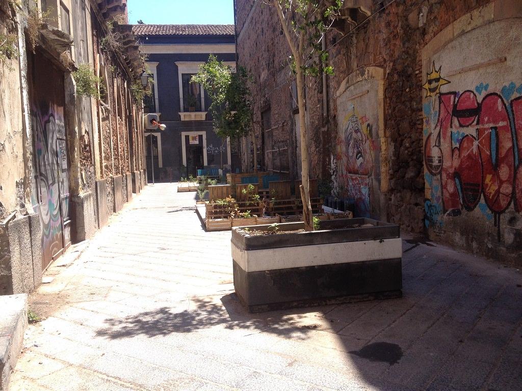 Le prostitute di San Berillo: donne dai facili costumi ma dal grande animo