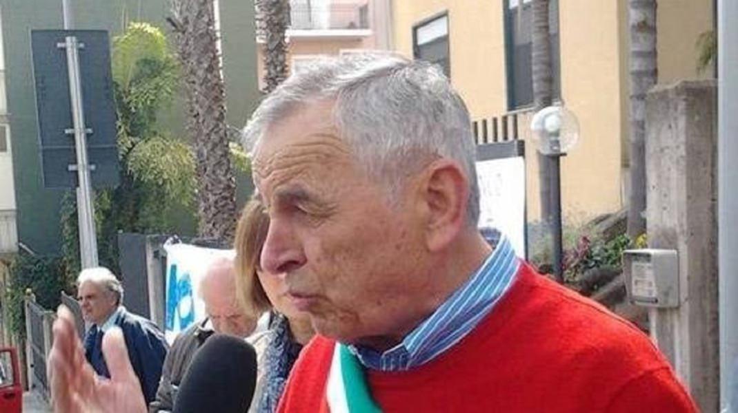 Misterbianco, sindaco Di Guardo al limite: autosospensione dal PD