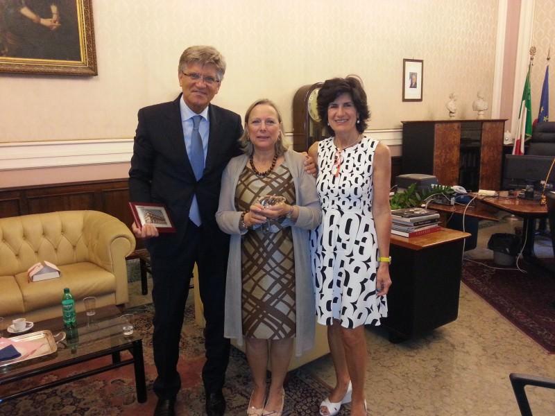 Catania, ospite del prefetto l'ambasciatore norvegese in Italia