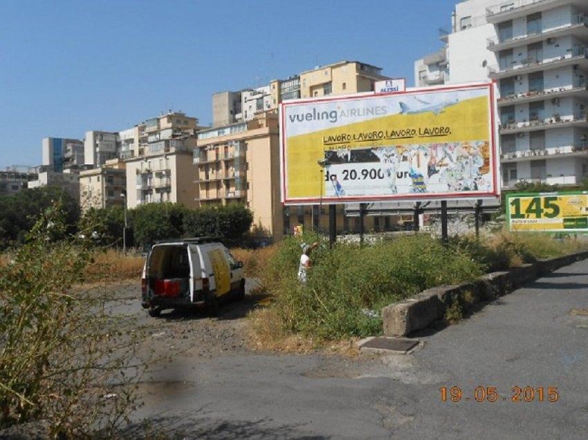Impianti pubblicitari abusivi: la municipale li sequestra. Sanzioni per oltre mille euro