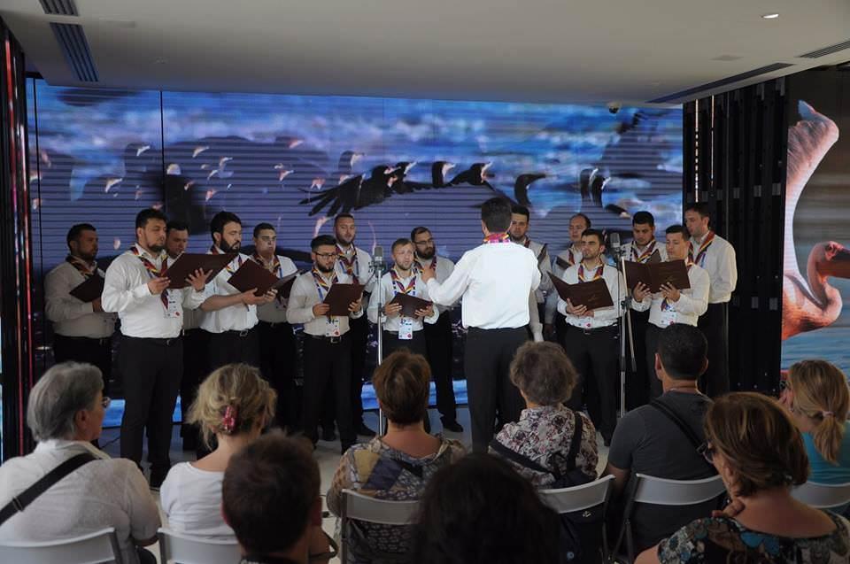 Il Coro Armonia di Constanta ai Portali