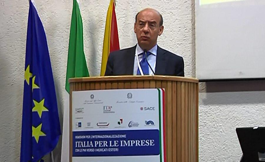 """L'Italia per le Imprese ha fatto tappa a Catania. Calenda: """"Brand Italia è un vantaggio"""""""