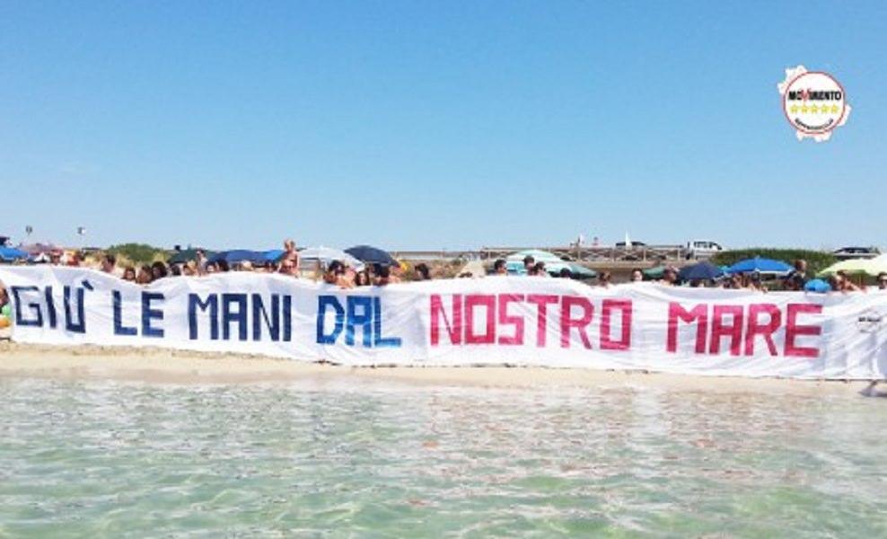 """M5S per l'ambiente: """"Giù le mani dal nostro mare"""" e """"NoTrivDay"""""""