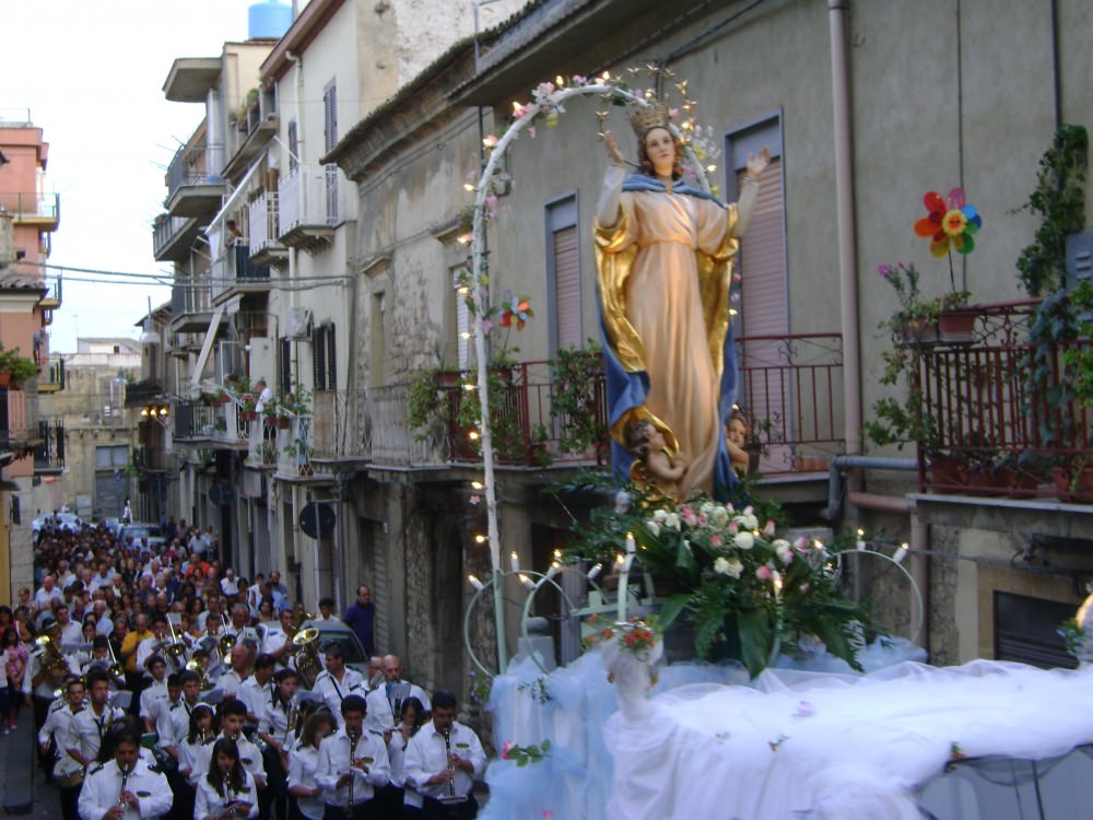 Festeggiamenti Madonna del Carmelo: tra fede e riti antichi