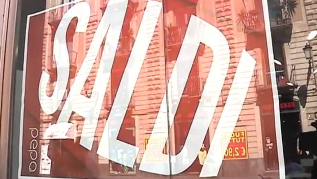 Strade piene, ma negozi vuoti in Sicilia: i primi giorni di saldi si rivelano un vero e proprio flop