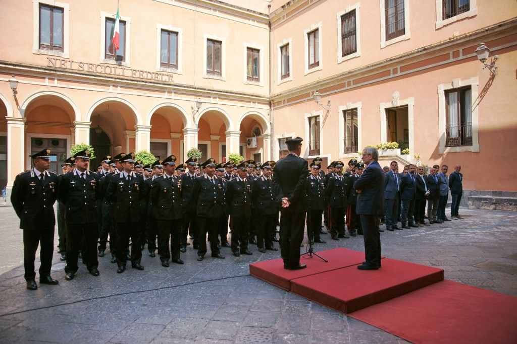 Catania, Salvi saluta i carabinieri al comando provinciale dell'arma