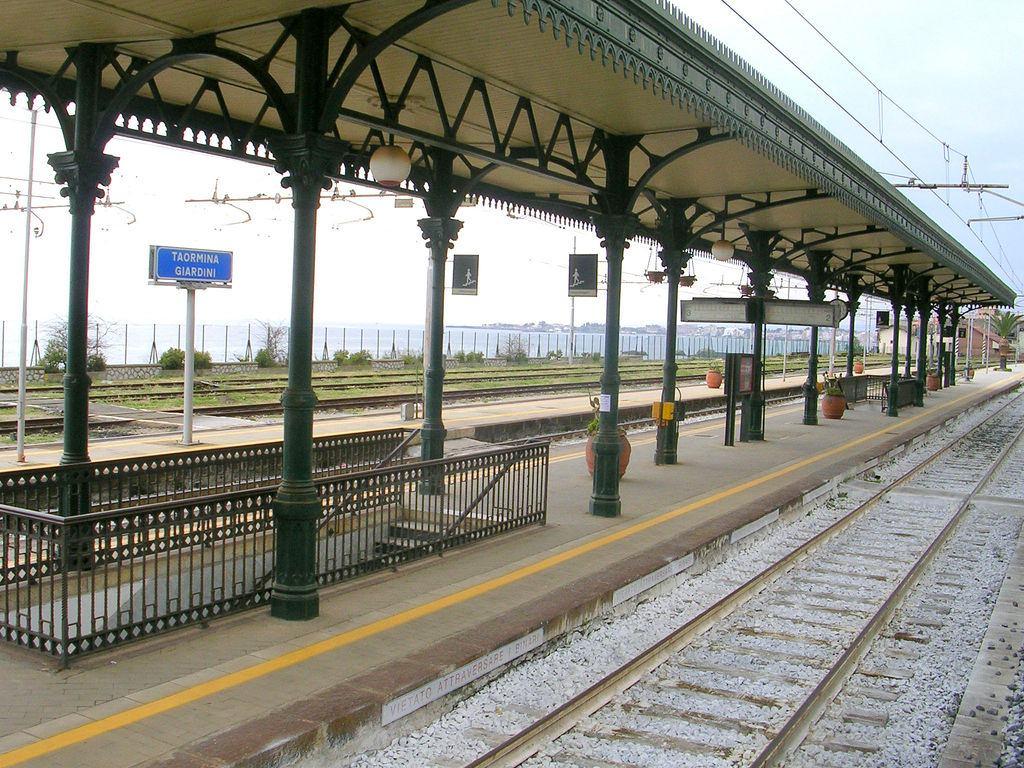 Ferrovie siciliane: linea ME – CT in tilt, la denucia del Comitato Pendolari