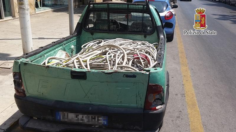 Maxi-furto di rame a Palermo: la polizia ne trova 200 chili e arresta un ragazzo di 25 anni
