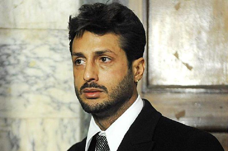 """Fabrizio Corona, dichiarazioni choc a Verissimo: """"Coca, soldi e quintali di viagra. Silvia Provvedi mi ha tradito con Fedez"""""""
