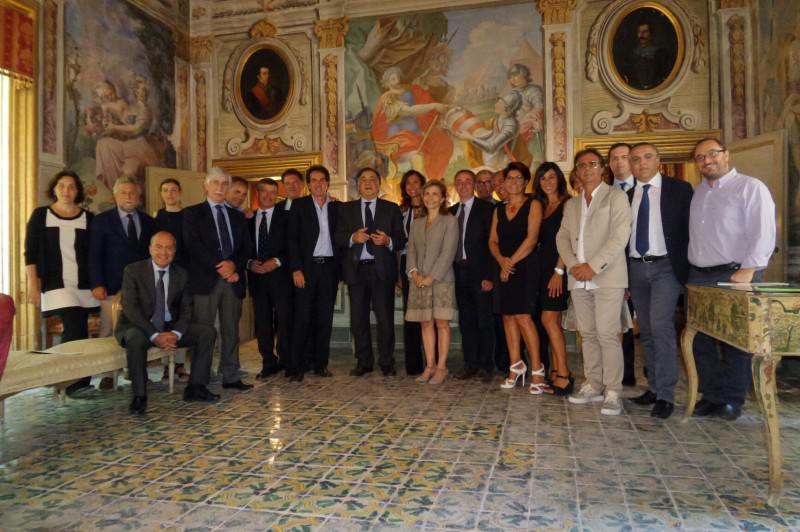 Palermo, Orlando incontra vertici di Confcommercio