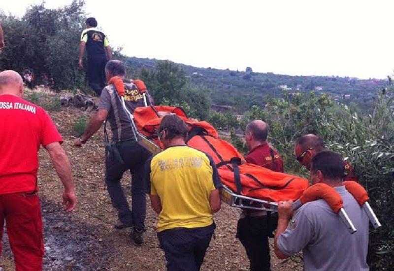 Salvata donna precipitata in un burrone sull'Etna