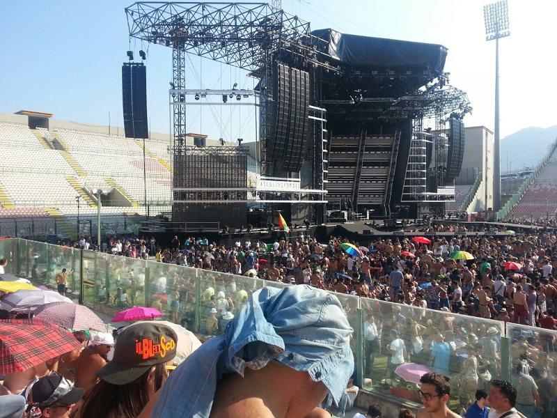 Live Kom 2015. In migliaia in delirio per Vasco a Messina
