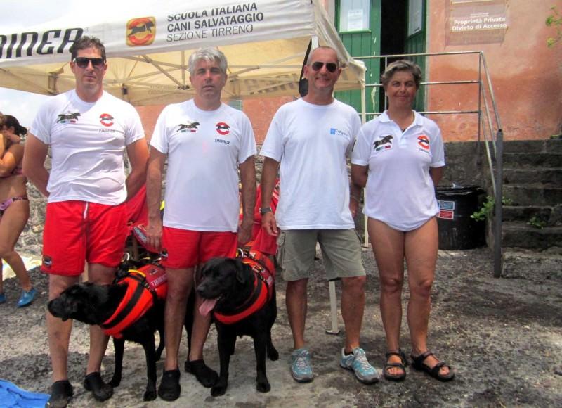 Aci Trezza, attivato servizio di salvataggio a mare con i cani