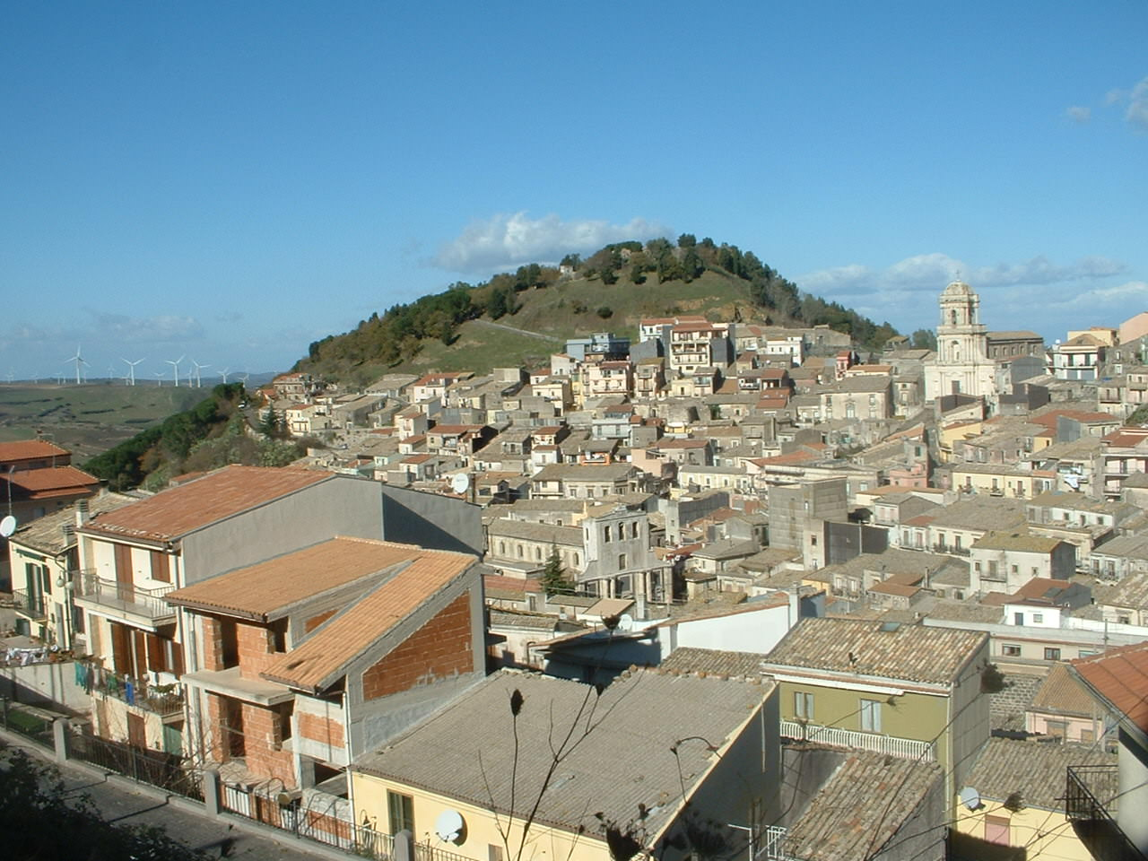 """A Buccheri """"cunti e musica"""" con un reading di poeti siciliani"""