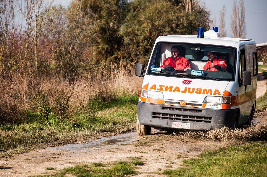 Tragedia nelle campagne siciliane, malore fatale: uomo del Catanese trovato privo di vita