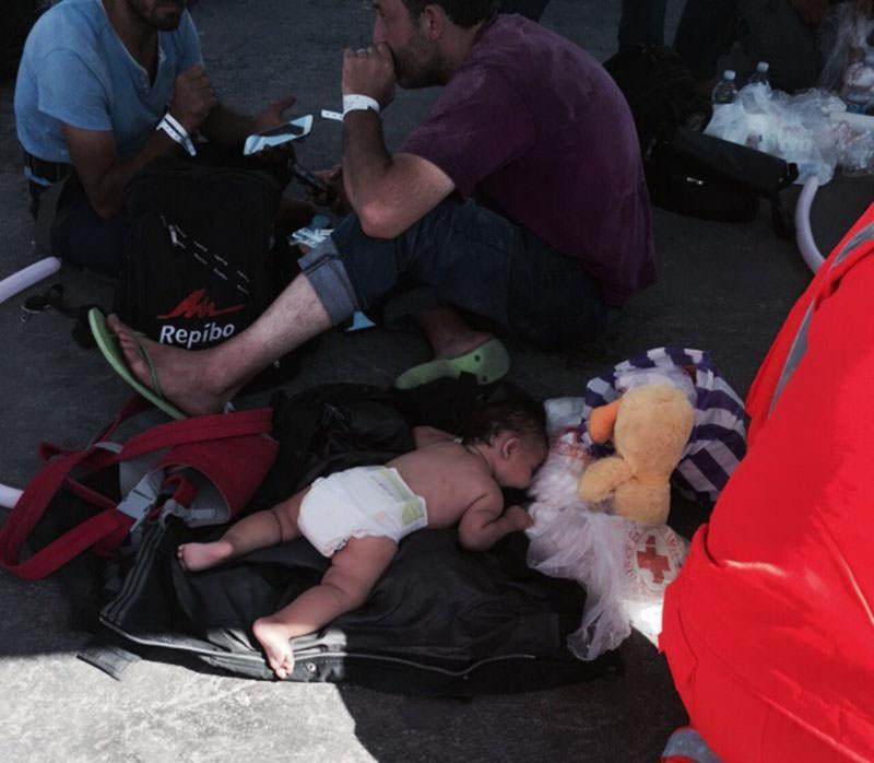 """Un Mediterraneo di sangue: 2.500 morti nel 2015. Save the Children: """"Storie terribili"""""""