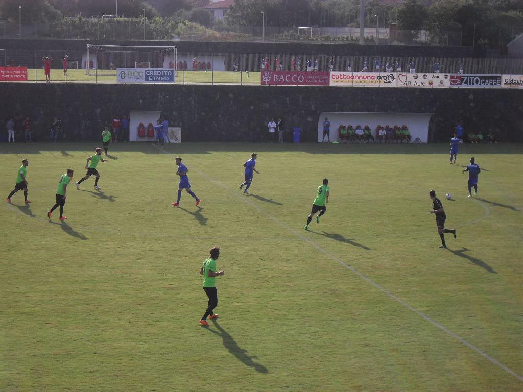 Catania, allenamenti proseguono. Via De Giorgi e Fabiani, Tupta in Nazionale