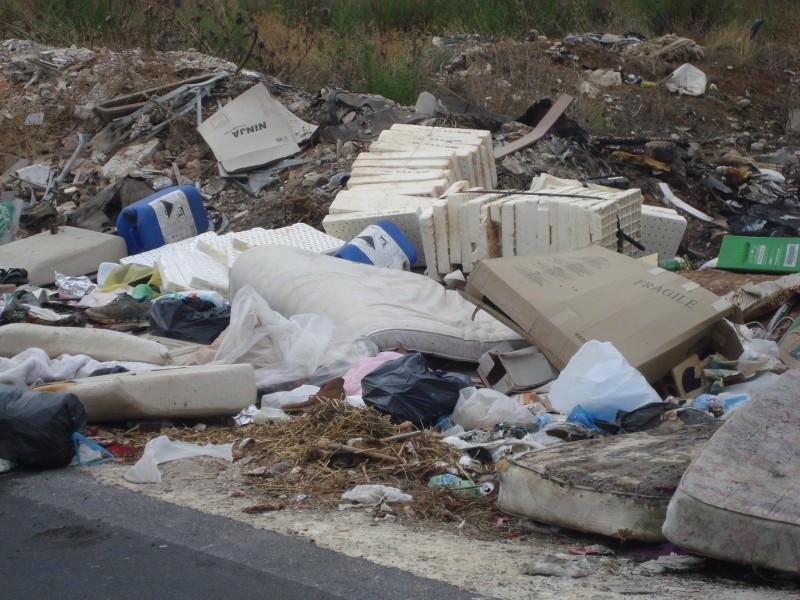 Vittoria, Fare Verde denuncia le discariche di via del Cerasuolo