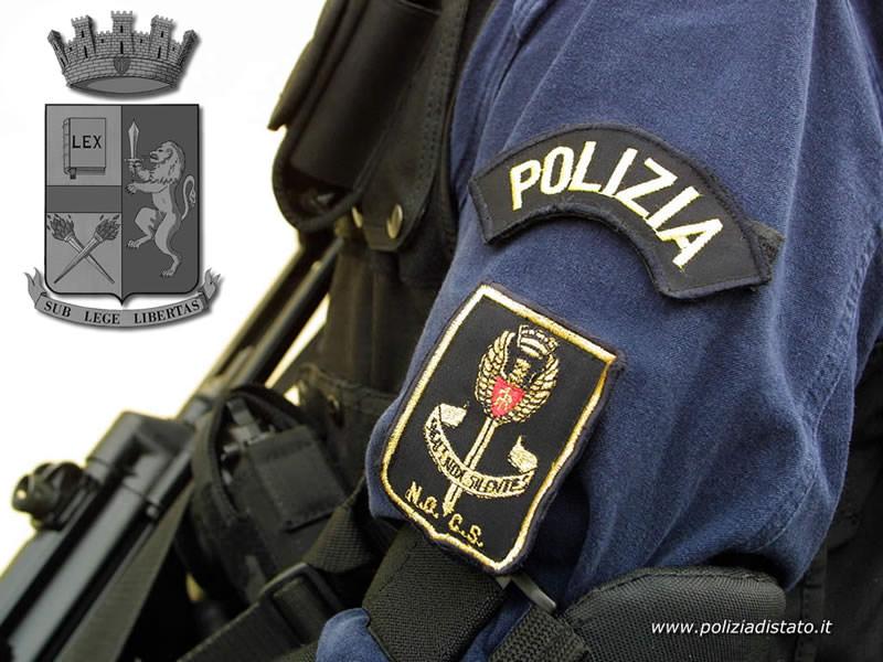 Senza assicurazione e con auto sequestrata tenta di corrompere agenti con 10 euro