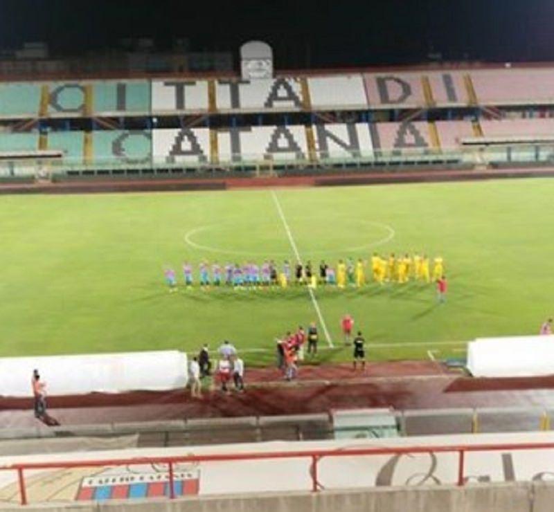 Catania-Cosenza 1-2: finisce il match, rossazzurri eliminati. RIVIVI LA CRONACA