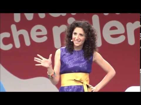Teresa Mannino: riflessione sulla maternità, VIDEO