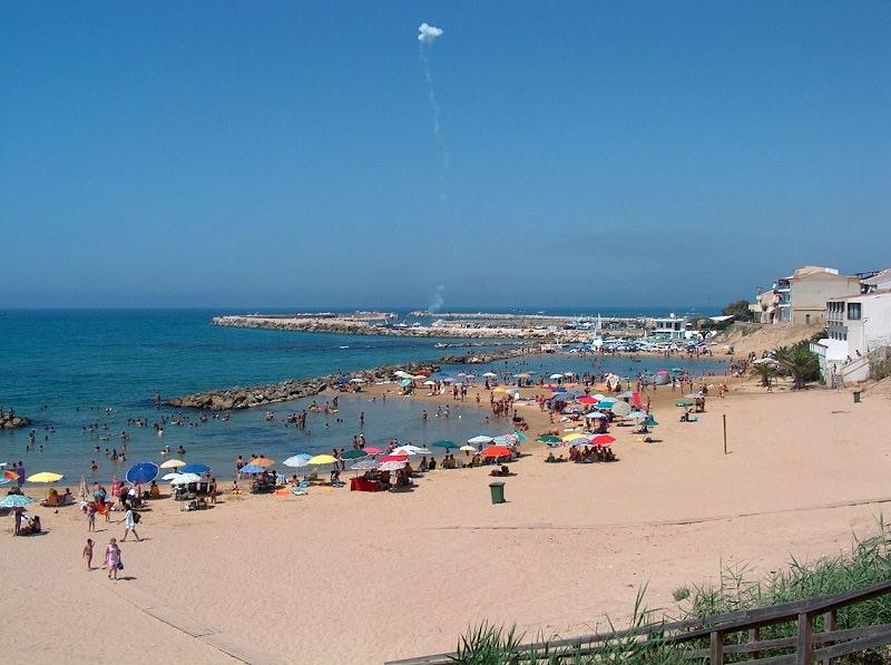 Gela, novità in estate: sei chilometri di spiaggia riservati ai nudisti