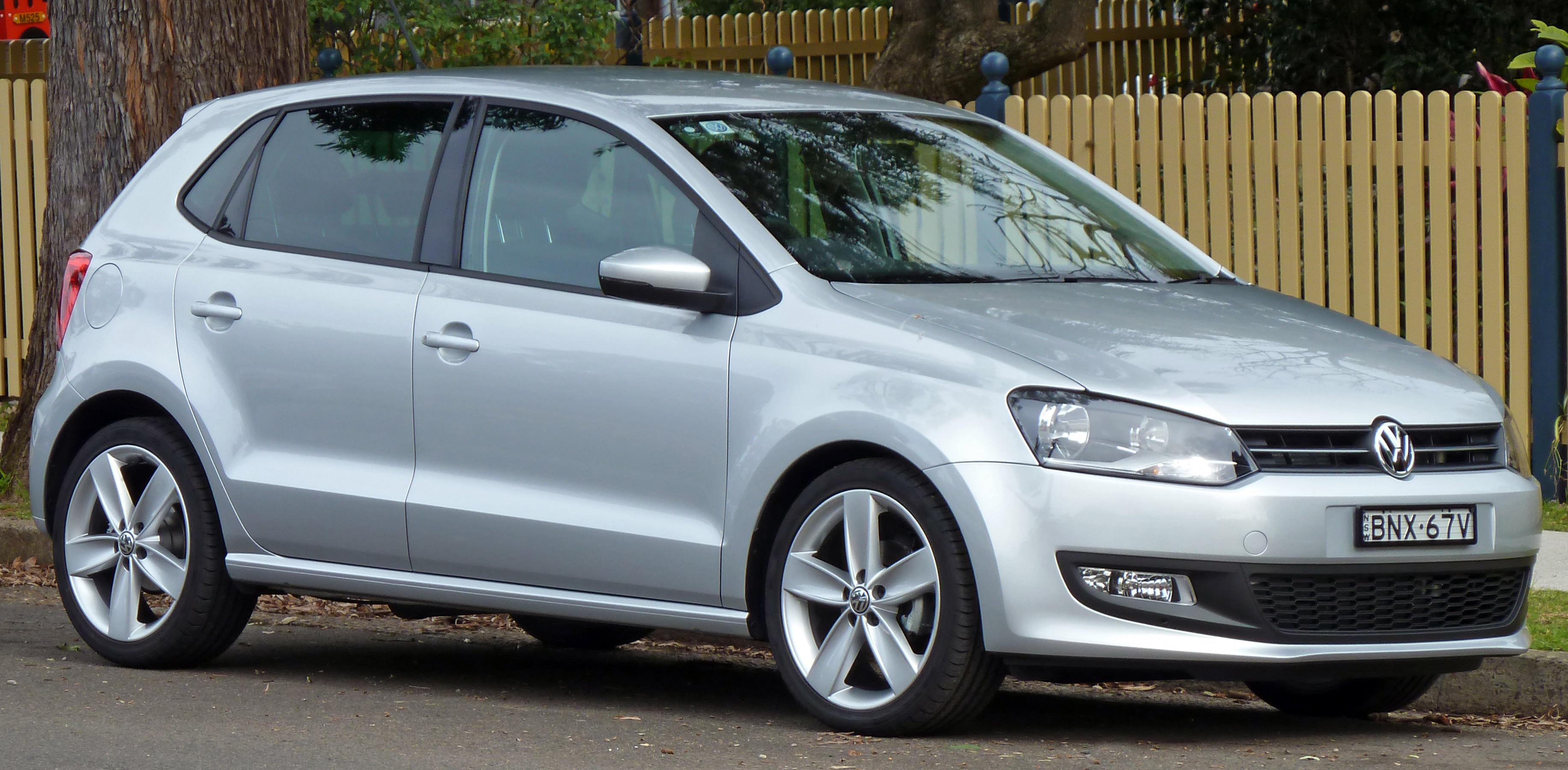 Volkswagen, Codacons chiede blocco vendita in Italia