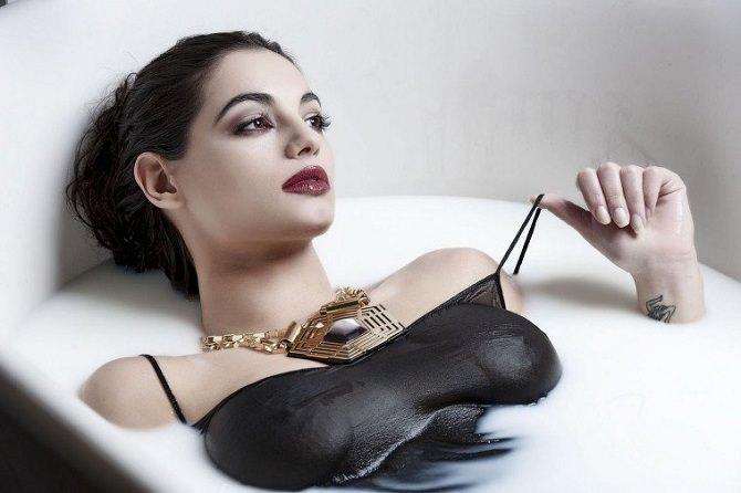 Francesca Chillemi, l'ex Miss Italia siciliana, in dolce attesa