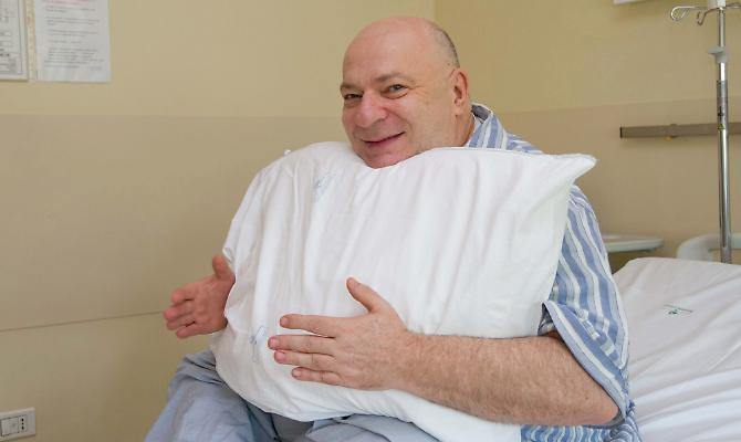 """Platinette ricoverato in ospedale: """"Nessuno dei miei amici viene a trovarmi"""""""