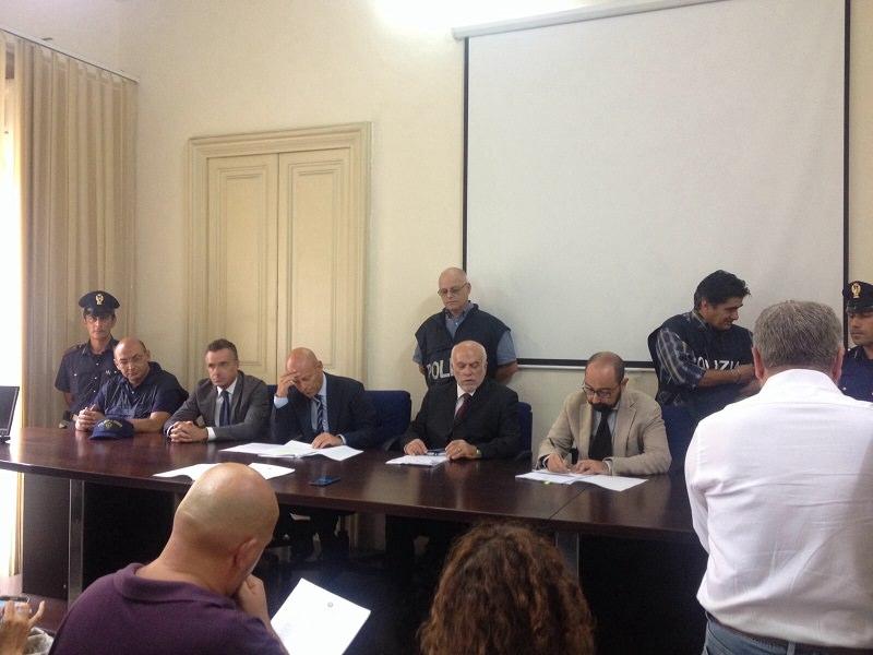 Esercente denuncia i suoi strozzini : in manette 8 affiliati ai Santapaola-Ercolano
