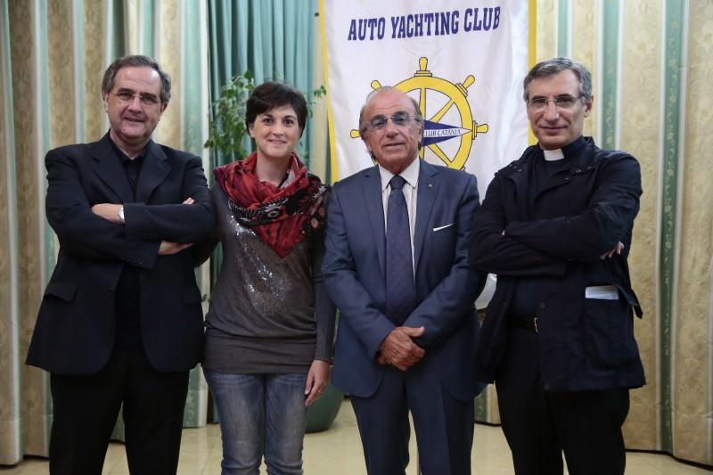 """Catania, allo Yachting riflettori sul """"coraggio di essere madre"""""""