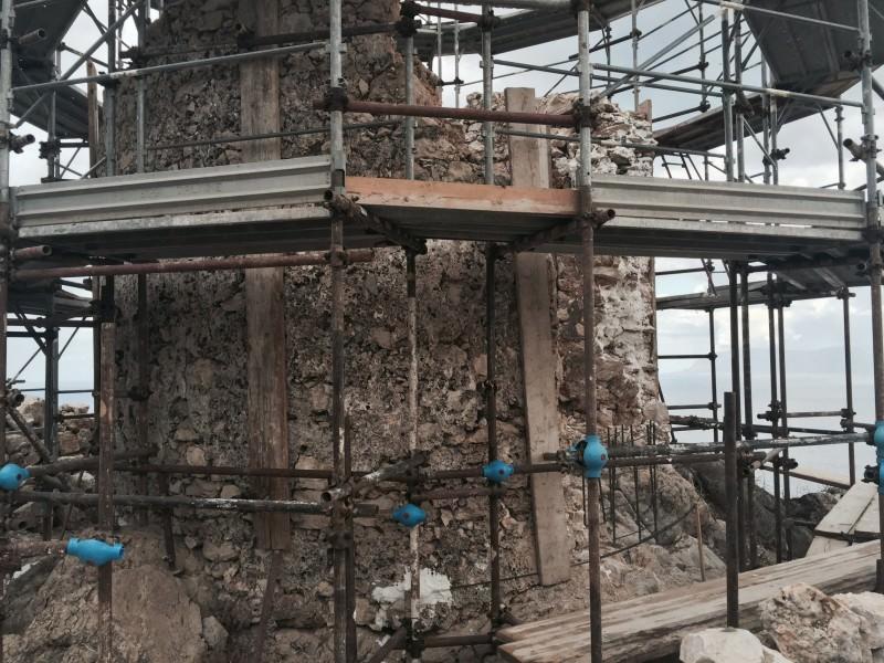 Scopello, prosegue il tentativo di recupero di torre Bennistra